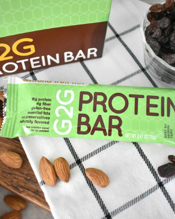 almond-fruit-nut-organic-protein-bar-002