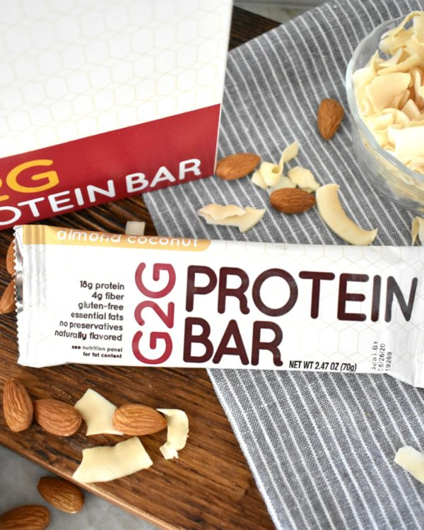 almond-coconut-organic-protein-bar-002