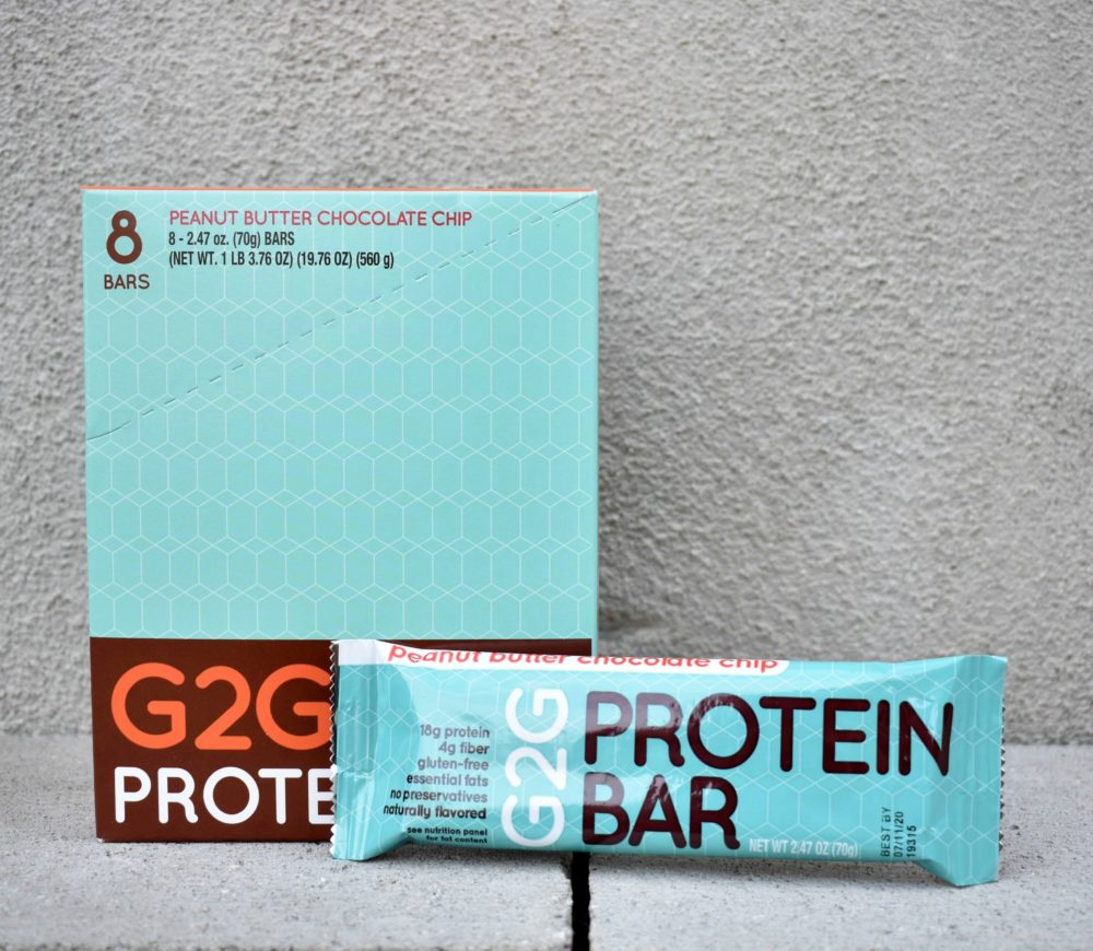 peanut-butter-chocolate-chip-organic-protein-bar-003