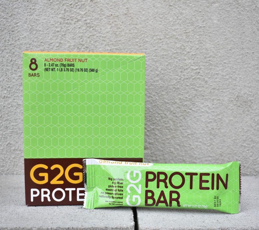 almond-fruit-nut-organic-protein-bar-003