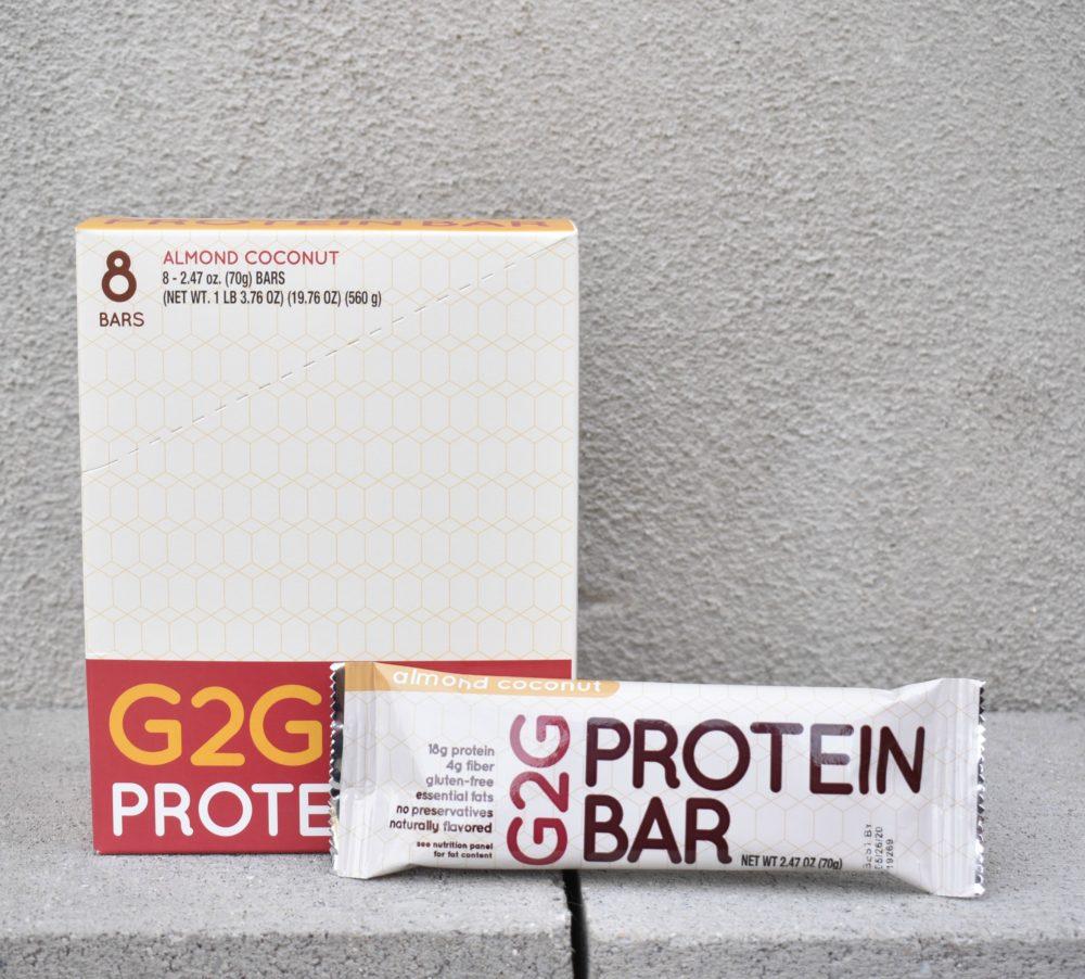 almond-coconut-organic-protein-bar-003