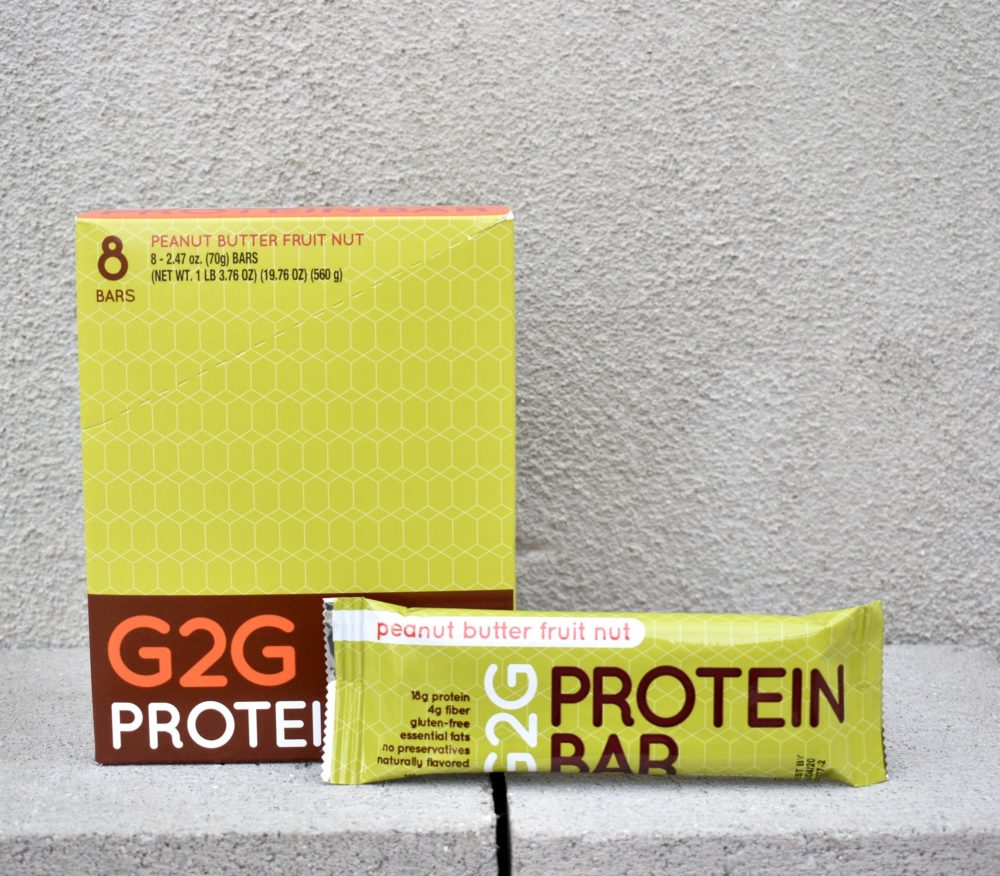 peanut-butter-fruit-nut-organic-protein-bar-003